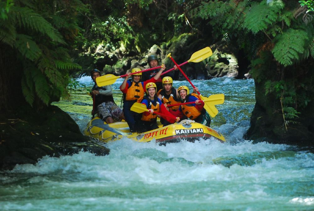 rafting ; Stray4 WhiteWaterRafting6
