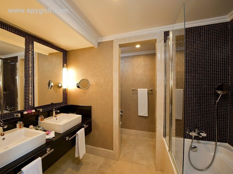 Sirene Hotel Bathroom