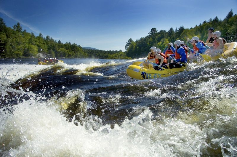 Whitewater-rafting-